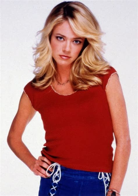 All Model and Movie Stars Photo Gallery: Lisa Robin Kelly