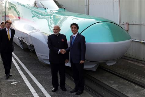Japan Is Selling Bullet Trains to India - Bloomberg
