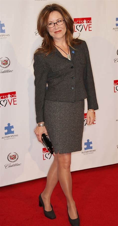 Mary McDonnell - Mary McDonnell Photos - Autism Speaks 6th