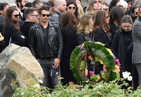 Chris Cornell Laid to Rest in California | PEOPLE
