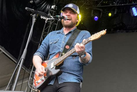 Stream Frightened Rabbit - Tiny Changes - A Celebration of