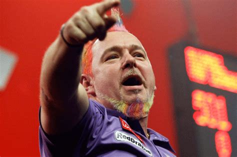 Darts: Colourful Peter Wright cruises through to the World
