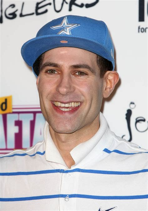 Funnyman Lee Nelson cons the BGT judges as a 'rapping