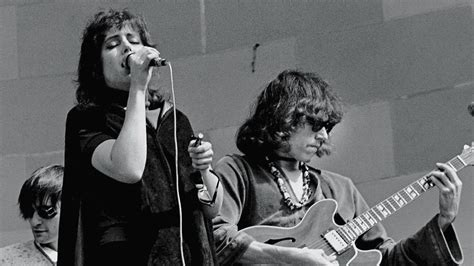 Somebody to Love — Jefferson Airplane brought spark to