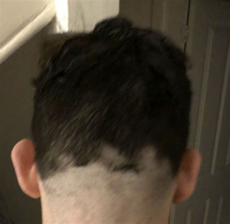 People Are Sharing The F**ked Up Haircuts They Are Giving