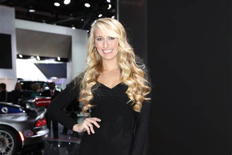 Detroit Auto Show 2013: Pictures Of Hot Girls From