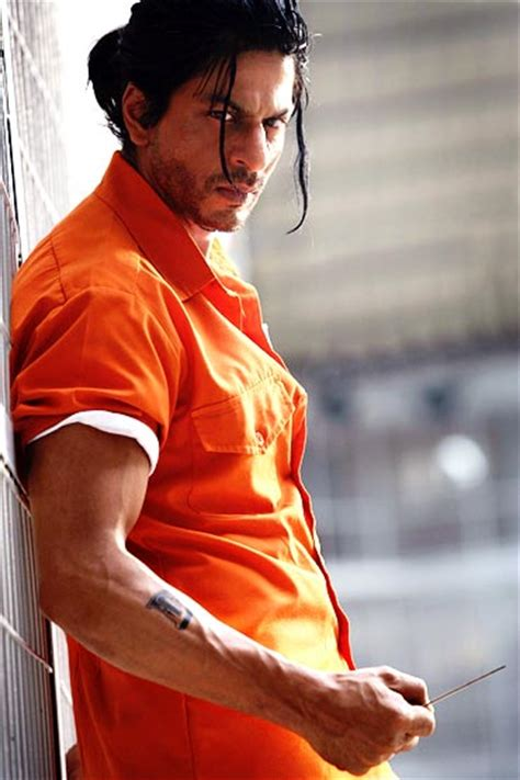 What do you think of SRK's Don 2 look? - Rediff