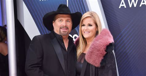 Garth Brooks Gifts Wife Trisha Yearwood With Roses for Her