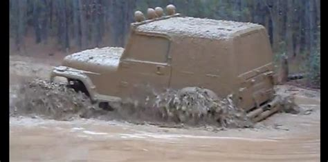 Muddy Mondays: Jeep Wrangler Shows How Mudding is Done